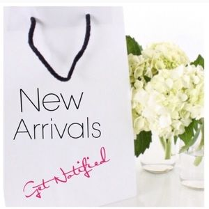 Sign up  if you want notified of NEW Arrivals 💕